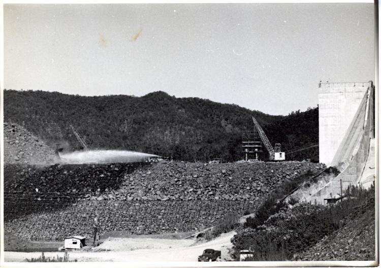 Borumba Dam construction 1960-1964 - water monitor and NCK crane in use - donated by Keith Buchanan