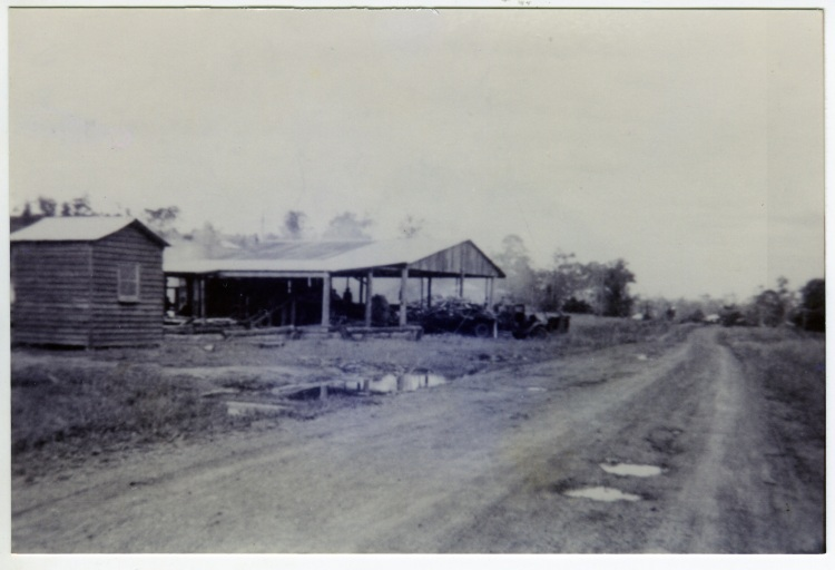 Neisler's Saw mill - corner of Amamoor Forestry Rd and Harry's Creek Rd - donated by Puddy Dan