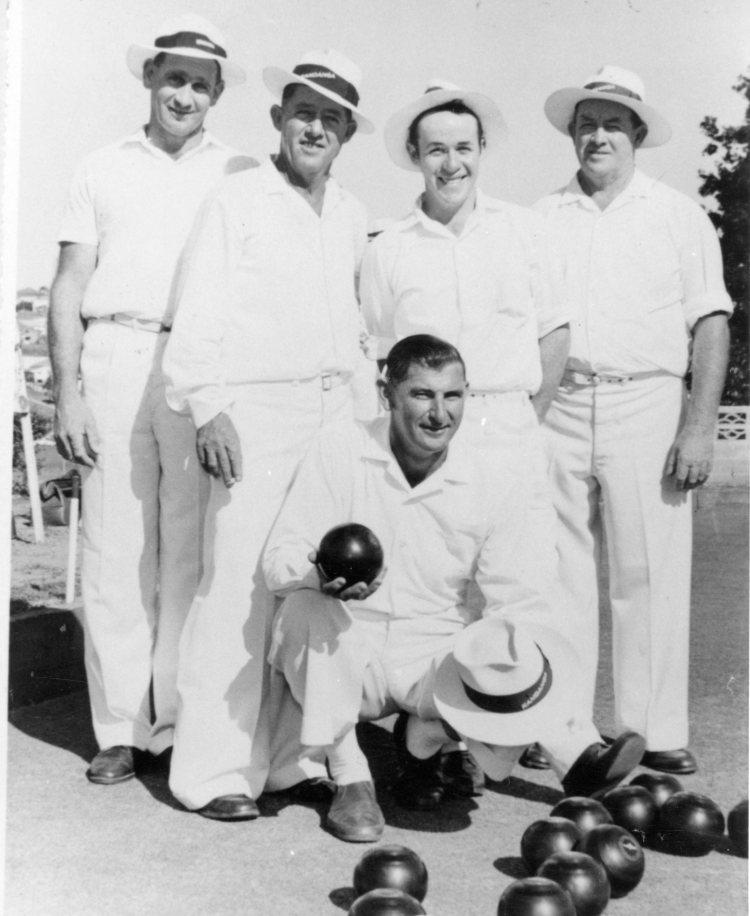 Champion Bowlers, Kandanga Bowls Club - M. Watson, W. Worth, B. Worth, F. Worth, (front) N. Hasthorpe - Gympie Regional Libraries