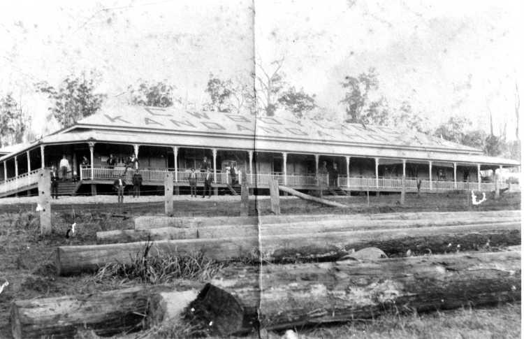 Kandanga Hotel c1915 - Gympie Regional Libraries