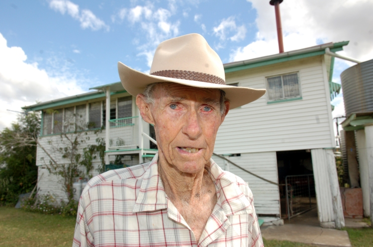 Farmer of the Mary Valley - Traveston Dam protest - April 2006 - Gympie Times collection