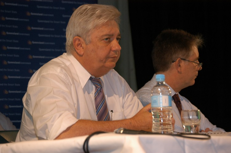 Mr Henry Palaszczuk (Minister for Natural Resources, Mines and Water - Feb 2006-Sept 2006) - Traveston Dam protest - July 2006 - Gympie Times collection