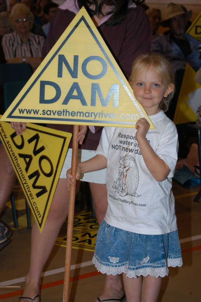 Katie Martin - Traveston Dam protest - July 2006 - Gympie Times collection