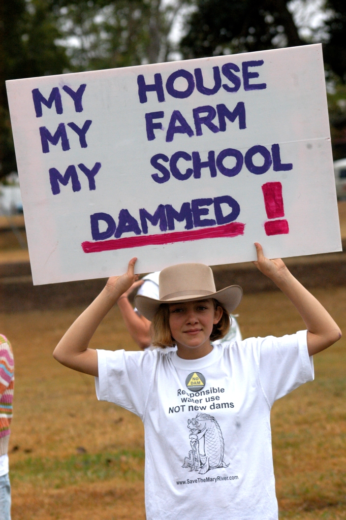 Elexis Ensby gets ready for the massive anti Dam rally in Brisbane - Traveston Dam protest - June 2006 - Gympie Times collection