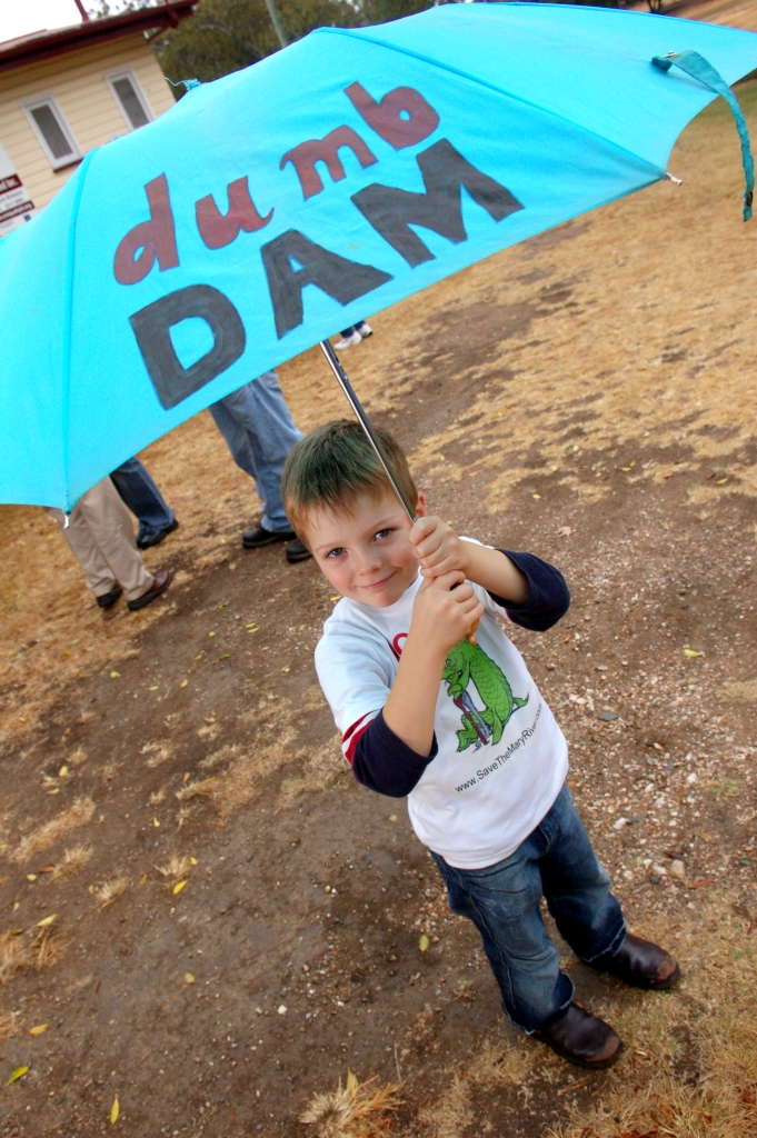 Cameron Edward from Dagun gets his message across - Traveston Dam protest - June 2006 - Gympie Times collection