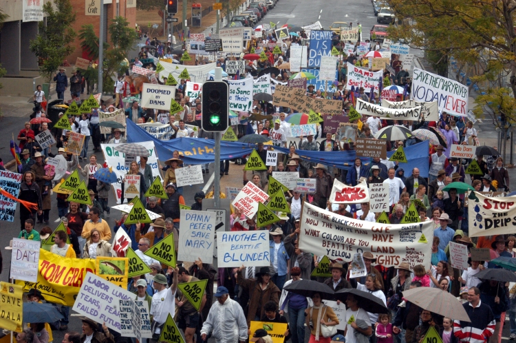 No Dam Rally in Brisbane - June 2006 - Gympie Times collection