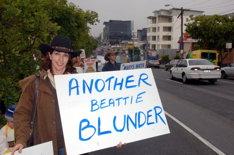 Madonna Hedberg at the anti-Dam rally in Brisbane - Traveston Dam protest - June 2006 - Gympie Times collection