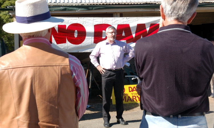 Senator Andrew Bartlett (Democrats 1997-2008) talks to the Anti Dam protesters at Kandanga - Gympie Times collection