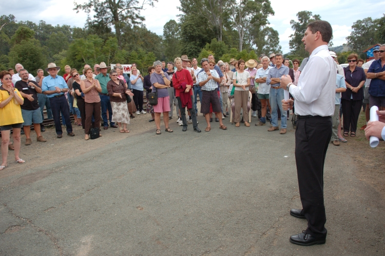 Mr Lawrence Springborg (leader National Party Qld 2003-2006) - Traveston Dam protest - May 2006 - Gympie Times collection