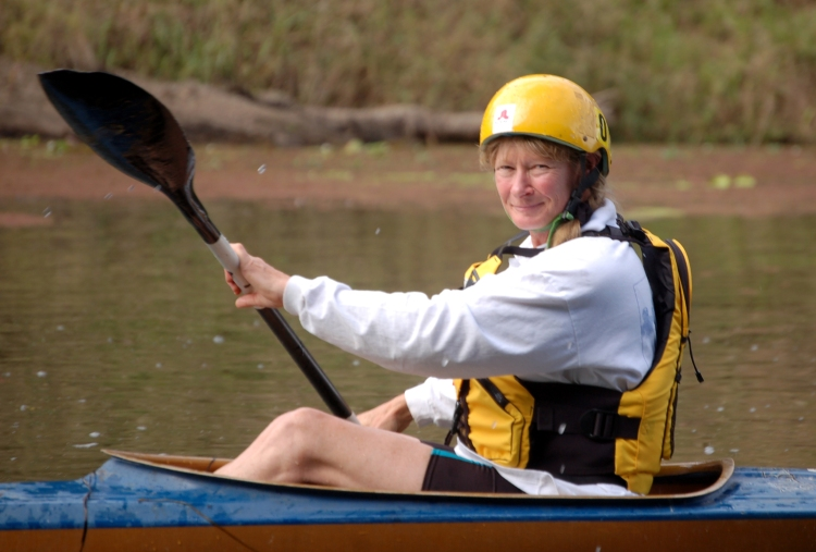 Glenda Pickersgill in kayak - Traveston Dam protest - May 2006 - Gympie Times collection